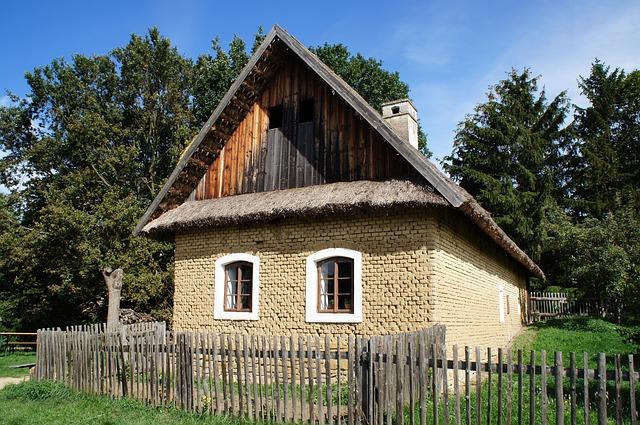 malý domek na venkově