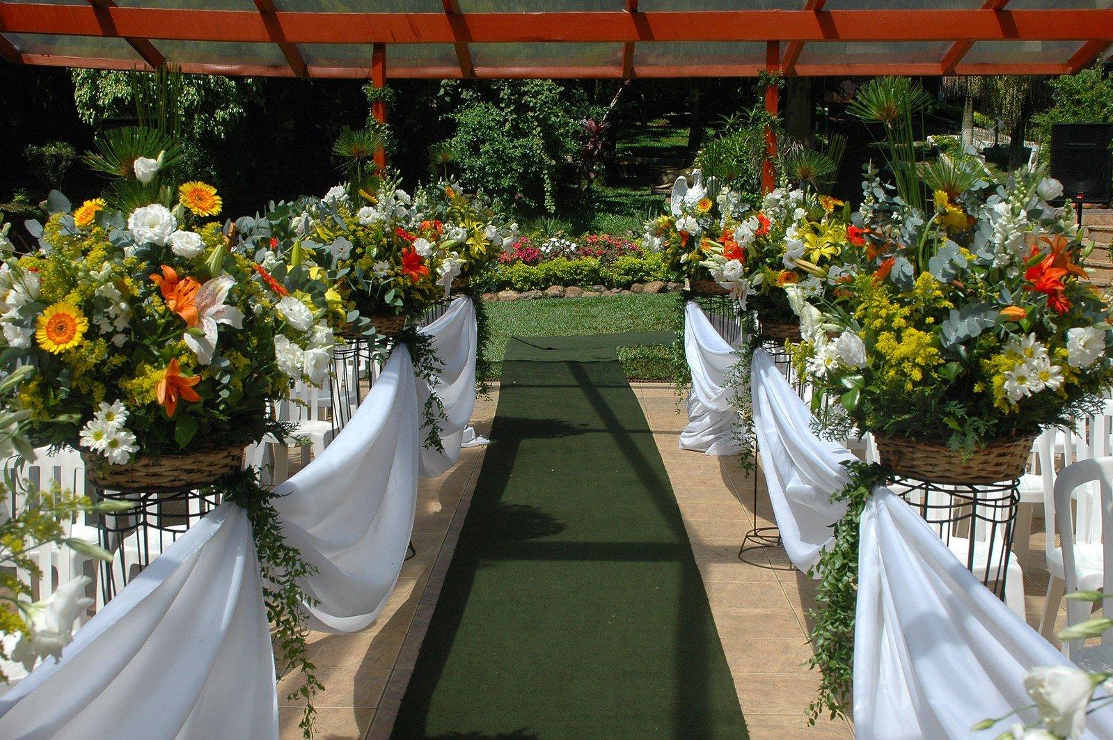 kvety, stoly, svadba